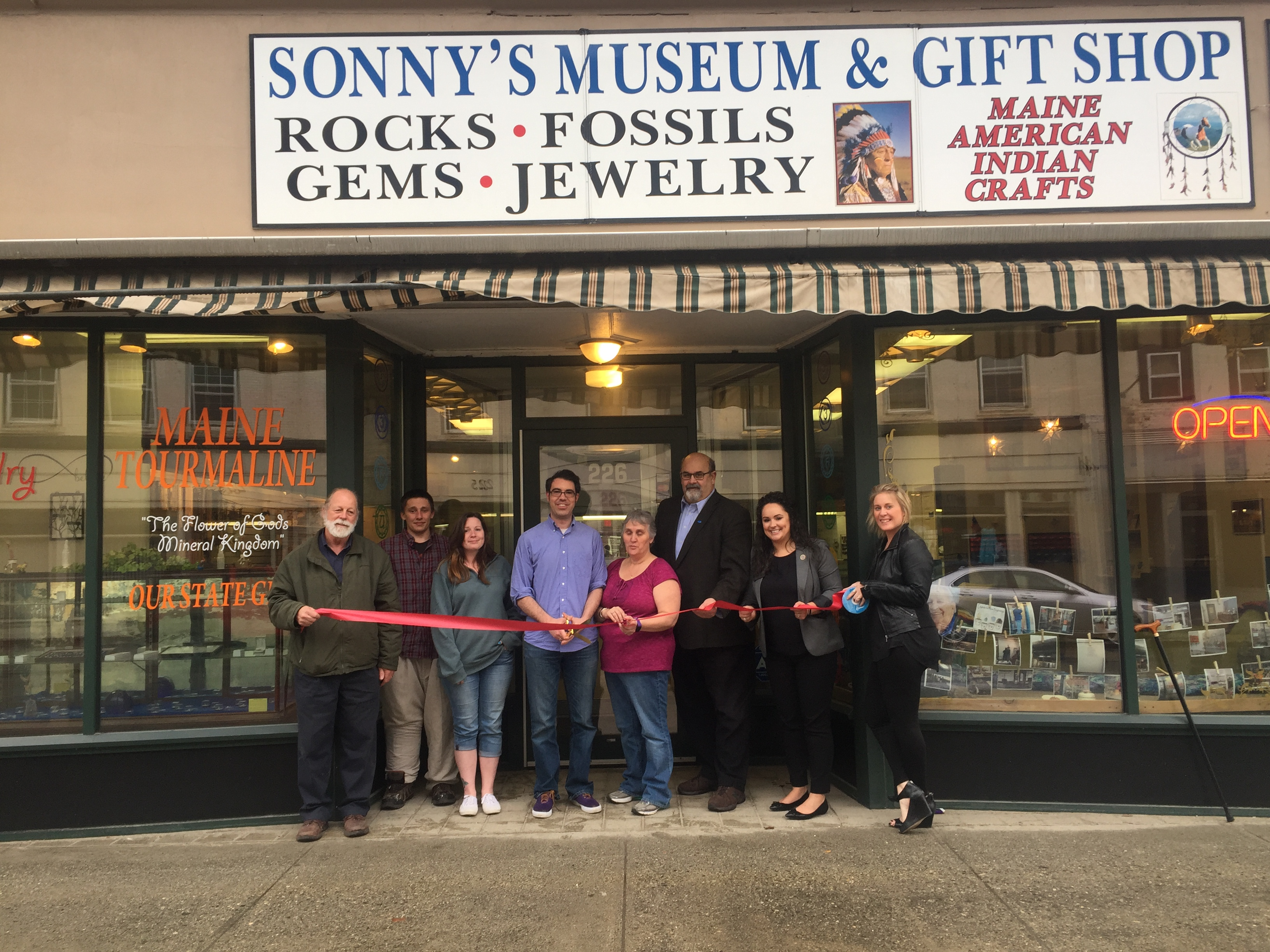 Jewelry stores in augusta maine style guru fashion for Charlie s motor mall augusta maine